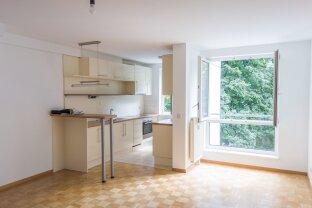 Anlageobjekt! Befristet vermietet! Hofseitige RUHELAGE, 58 m2 Zwei Zimmer Wohnung mit Garagenplatz zu verkaufen!