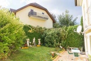 Zwei- Zimmer Eigentumswohnung mit sonnigen Eigengarten!