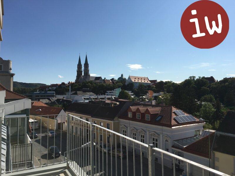neuwertige 5 Zimmerwohnung mit 2 Terrassen und Stiftsblick Objekt_455