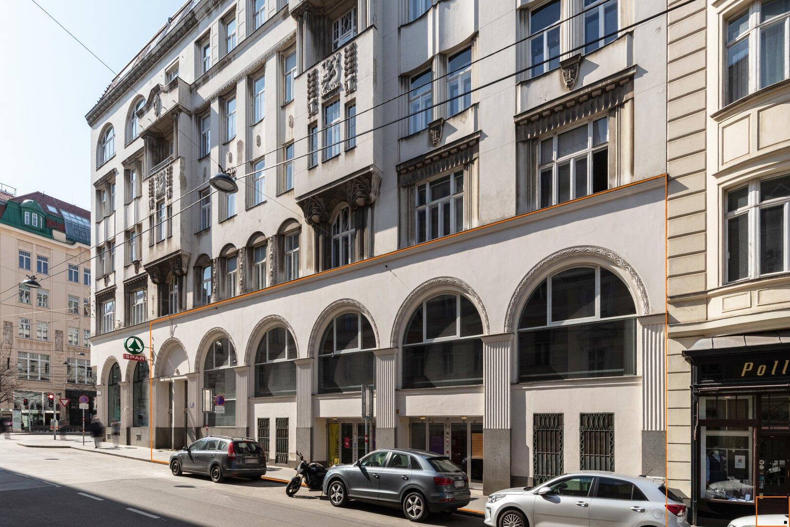 Fassade mit Markierung