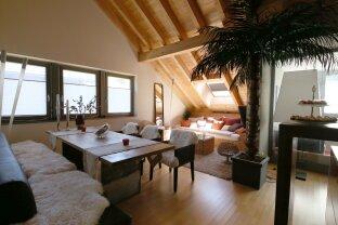 Designer Dachgeschosswohnung mit klassischer FERIENWOHNSITZWIDMUNG