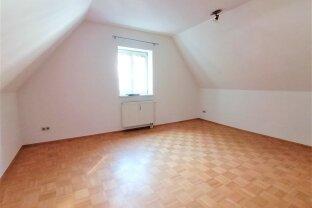 2 Zimmer DG- Wohnung mit großer Wohnküche in 8700 Leoben
