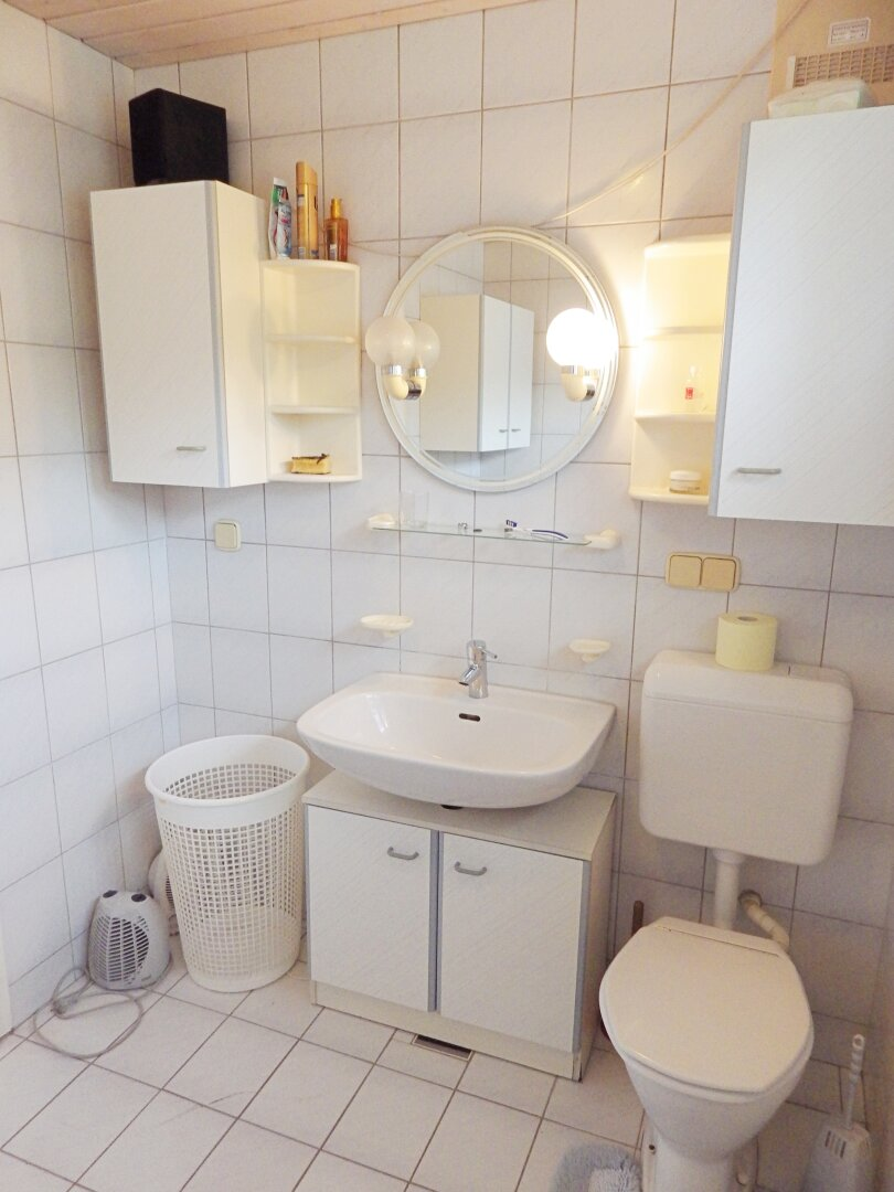 Badezimmer OG Ansicht 1