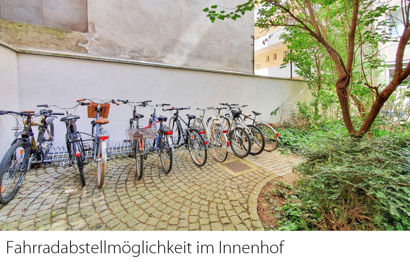 Fahrradabstellmöglichkeiten im Innenhof