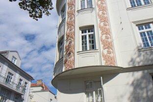 KAISERLICHES WOHNEN in herrschaftlichem Gründerzeithaus in BESTER LAGE