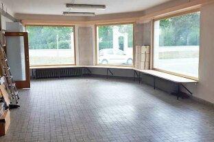 Großes Geschäftshaus mit 400 m² Werkstätte (kein KFZ) und 280 m² Wohnung zu mieten, Obj. 12509-CL
