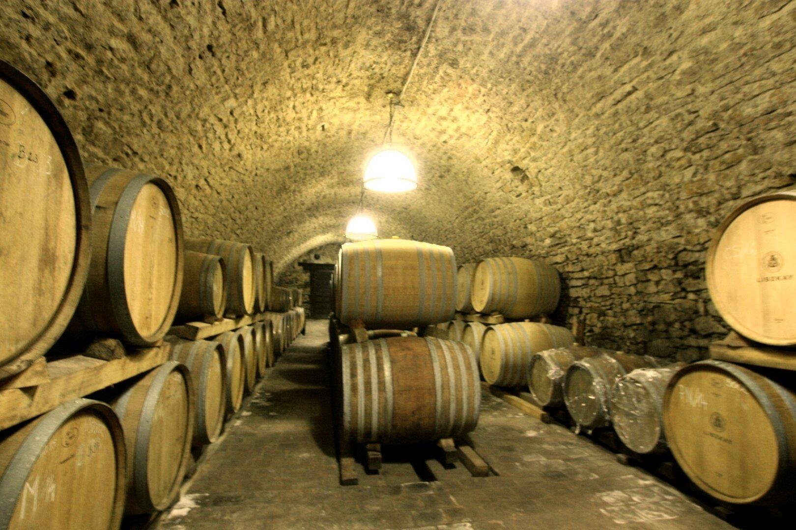 250 Jahre alter Weinkeller mit dem besten Wein