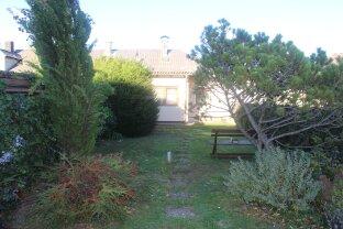 Gemütliches Eckhaus mit Garten