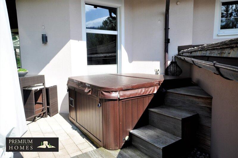 Kirchbichl Zweifamilienhaus_ hohe Qualität mit Modernen Design_Whirlpool