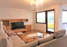 Sehr gepflegte Wohnung mit Loggia und Garage in Grün- und Ruhelage