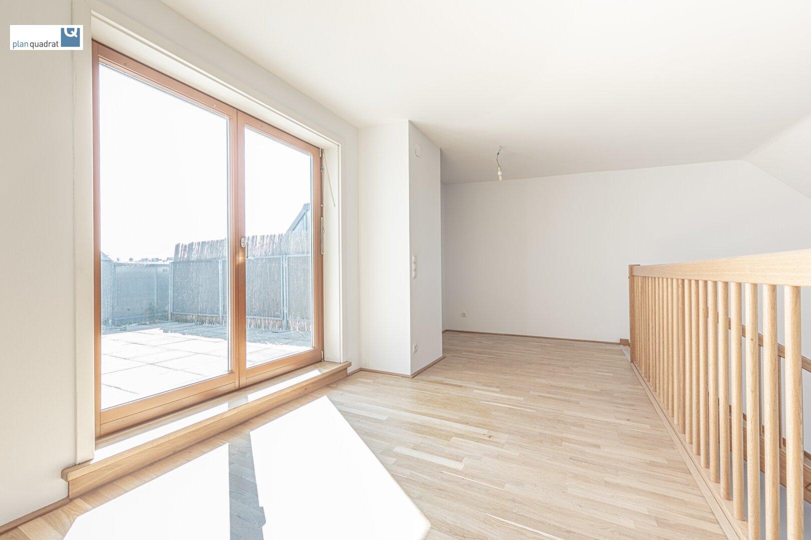Galerie (ca. 14,70 m²) mit Ausgang zur Terrasse