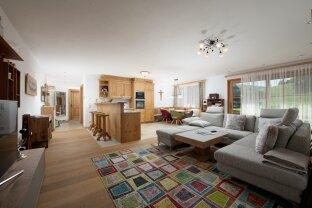 Exklusive, sehr zentrale 3-Zimmer Wohnung mit traumhaften Garten und sonniger Terrasse