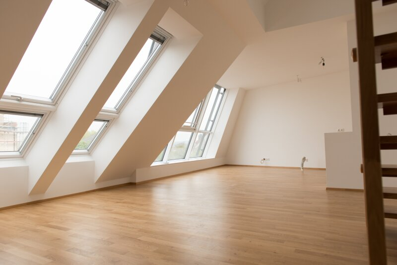 exklusive Dachgeschoss-Wohnung mit Weitblick. Erstbezug! Zentrum Korneuburg