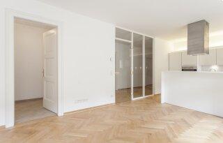 Top renovierte 4-Zimmer-Wohnung mit 3 Balkonen - Photo 3