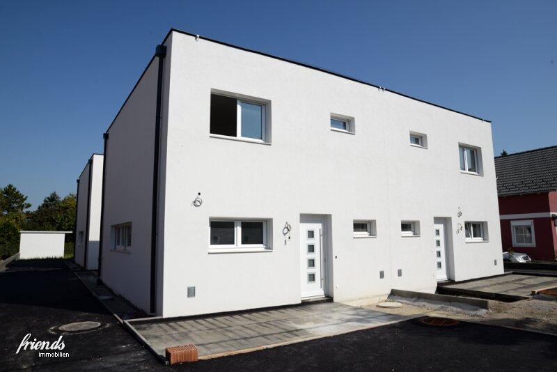 Schlüsselfertige Doppelhaushälfte mit großem Garten-8 Autominuten vom Badener Zentrum!