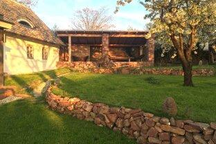 Exklusives  geräumiges Landhaus Bauernhaus nähe Balaton mit Terrassen  und  Garten