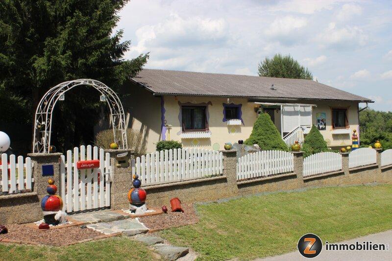 Gepflegtes Haus mit wunderschönem Garten!