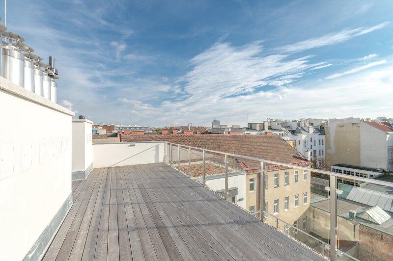 ++RARITÄT** Außergewöhnliche DG-MAISONETTE in TOP-CityLAGE! Altbaucharme + moderne Dachgeschosswohnung! Ruhelage! /  / 1020Wien / Bild 18