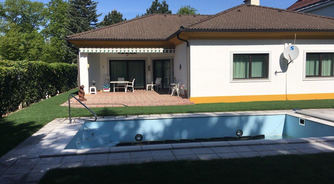 Ruhige Einfamilienvilla mit Garten und Pool in Hetzendorf