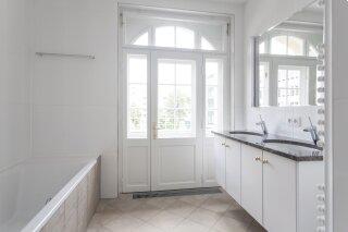 Top renovierte 4-Zimmer-Wohnung mit 3 Balkonen - Photo 4