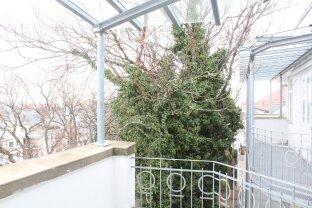 Altbauwohnung mit Terrasse, Erstbezug nach Sanierung