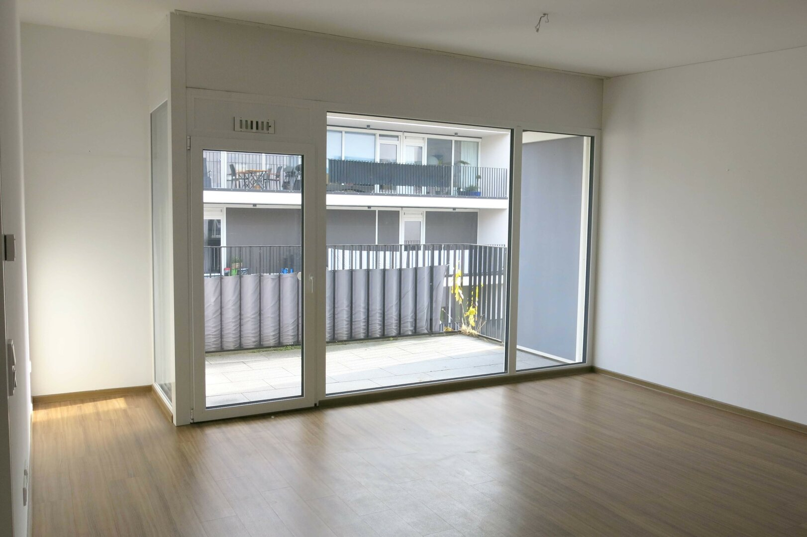 3-Zimmer-Mietwohnung Kufstein Zentrum, Wohnzimmer, Balkon