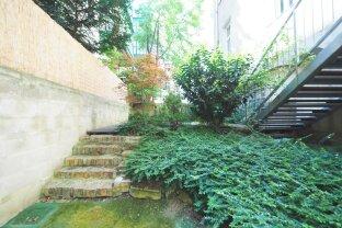 AM MODENAPARK | adaptierte 3-Zimmer-Altbauwohnung mit Eigengarten