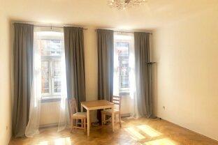 GARÇONNIÈRE - Klassische Wiener-Altbau-Wohnung in Top Lage - SERVITENVIERTEL - Roßauer Lände!