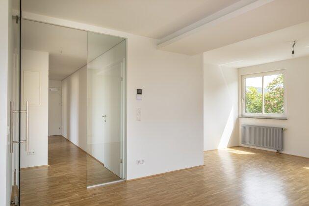 Nonntal: Erstbezugswohnung nach Umbau mit grosser Terrasse