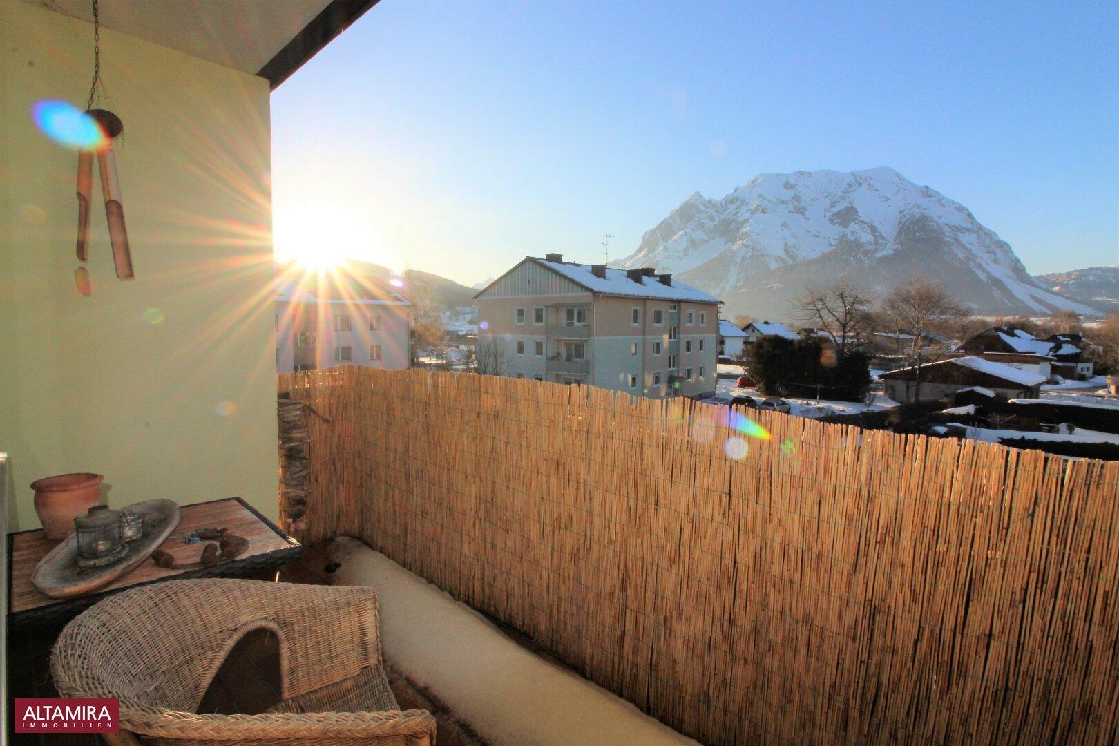 Balkon mit Grimmingblick