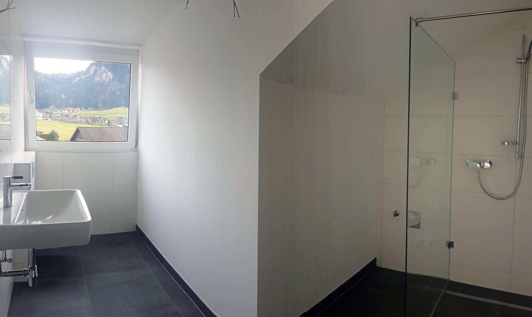 Badansicht 2, Wohnung Dachgeschoss Thiersee