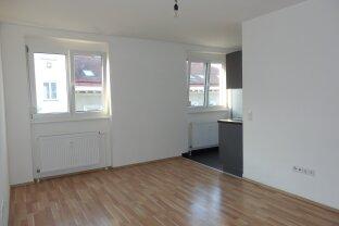 Ideale kleine 2 Zi NB-Wohnung mit perfekter Aufteilung - U4 !!