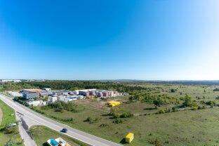 GRUNDSTÜCK - BAULAND INDUSTRiE - 55.000 m2, Absolute Bestlage in erster Reihe, Teilung möglich !!!