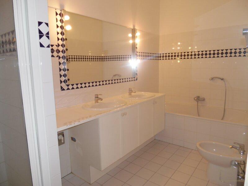 Komfortable, schöne 5 Zimmer Wohnung im Stilaltbauhas, 1090, Rossauer Lände /  / 1090Wien / Bild 2