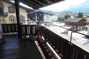 Balkontraum mit herrlicher Aussicht!