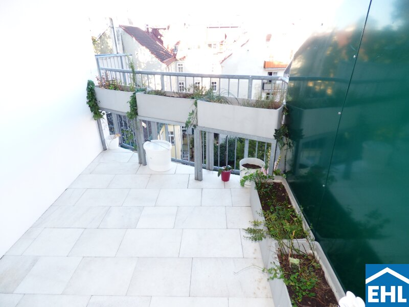 Sehr helle 3 Zimmer Wohnung mit Balkon in direkter Nähe zum Modenapark I Embassy Park: Light-flooded 3-room-apartment with balcony and immediate vicinity of the Modenapark /  / 1030Wien / Bild 0