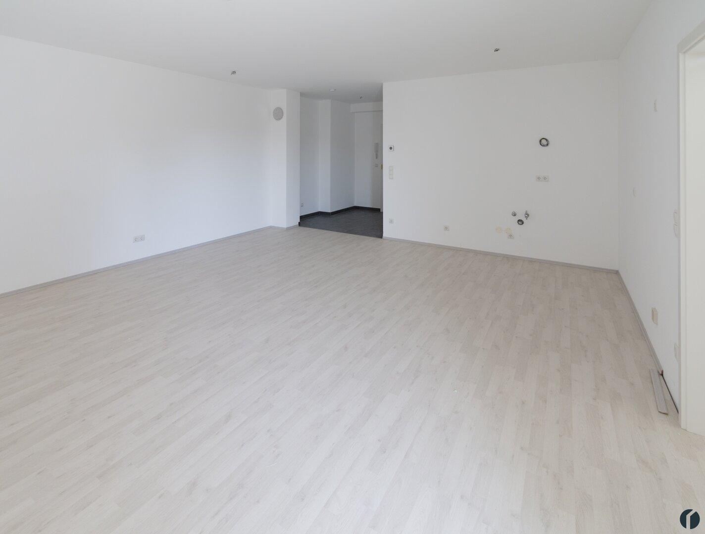 Beispiel Wohnzimmer (zur Zeit der Aufnahme noch ohne Küche)