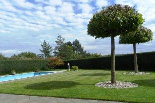 Nettes Landhaus mit Pool & Traunsteinblick