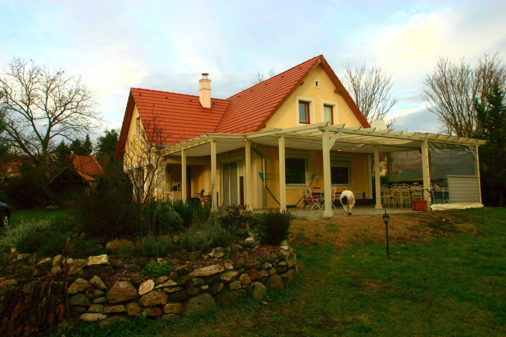 Haus mit mehr als 100 m2 Terrasse