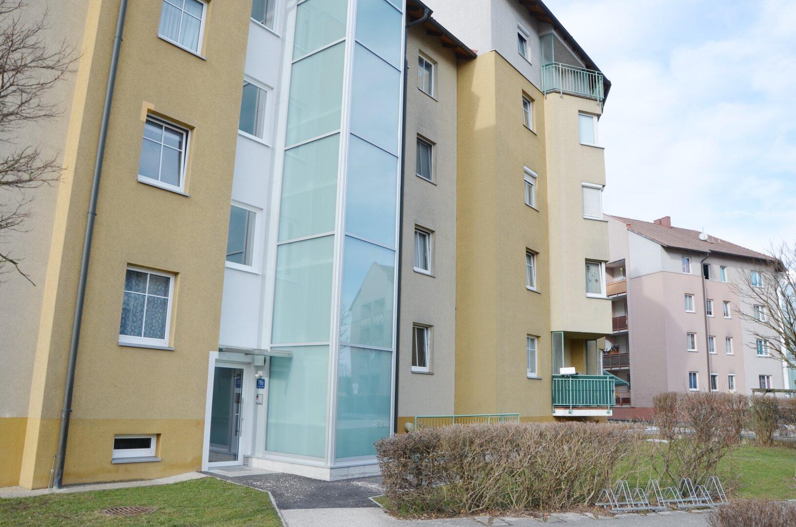 Referenzbild Liftanbau - gilt nicht für alle Wohnungen