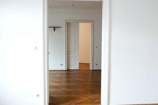 Sehr helle 5-Zimmer Altbauwohnung mit hübschem Ausblick Nähe Wiedner Hauptstraße!