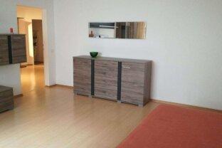 1 WG-Zimmer, geräumig, Hofblick, ruhig, Billrothstr.