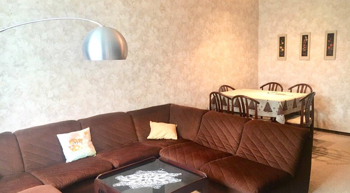 1200! Ruhige 3-Zimmer Wohnung mit Loggia und Garagenbox nahe U6 Dresdner Straße!