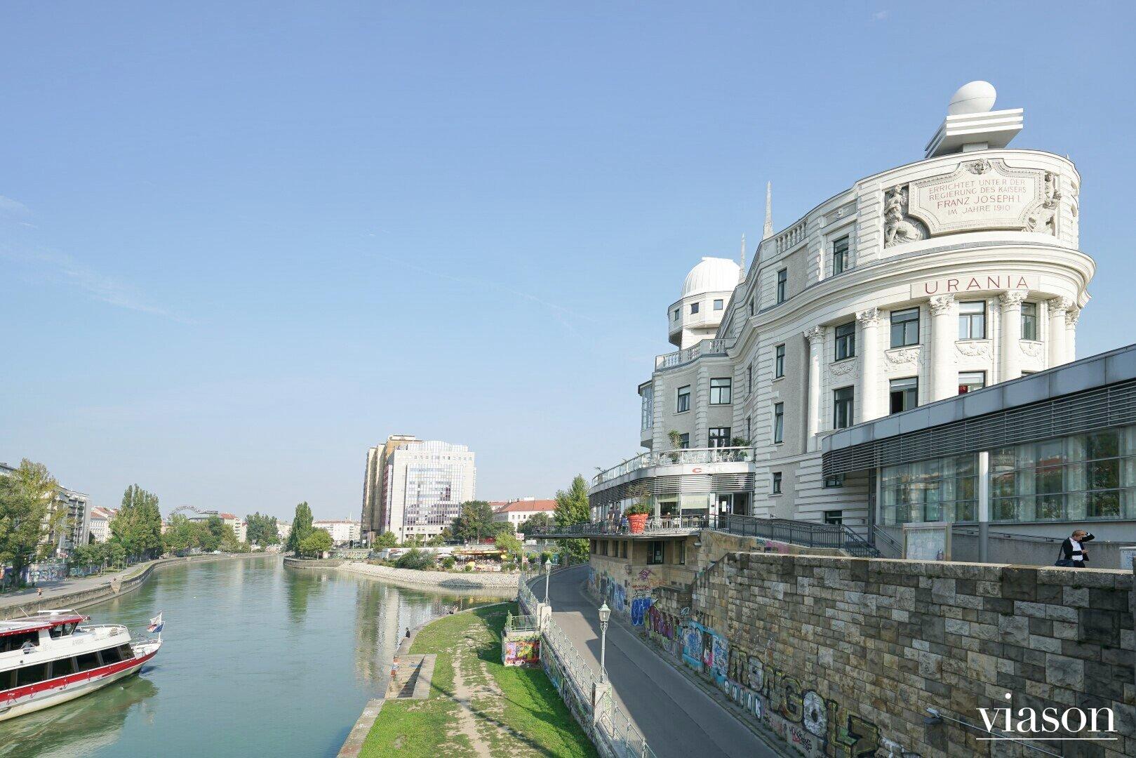 Urania am Donaukanal