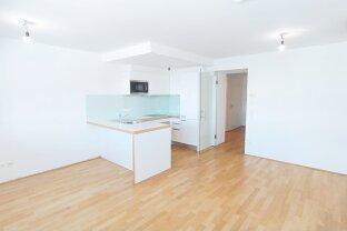Moderne 2-Zimmer DG-Wohnung im Stilaltbau - Nähe Karmelitermarkt