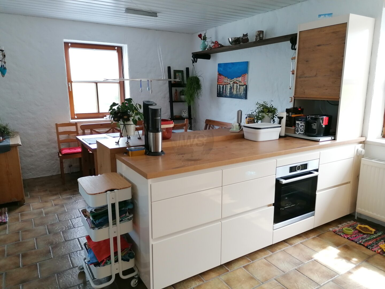 Küche mit Blick zum Essen