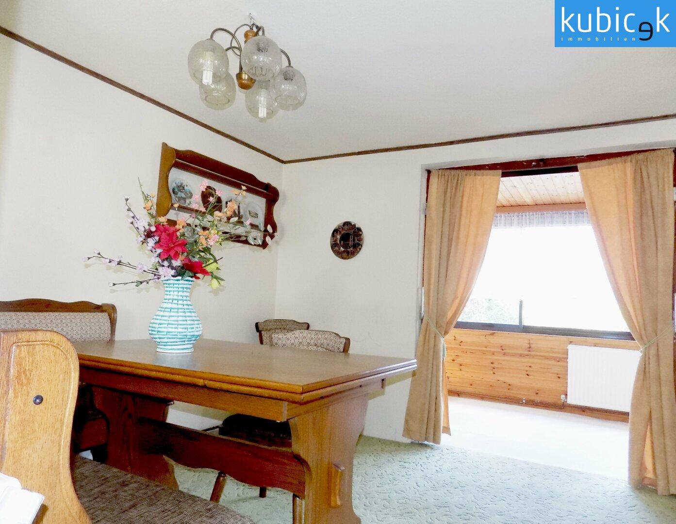Wohnzimmer mit Zubau