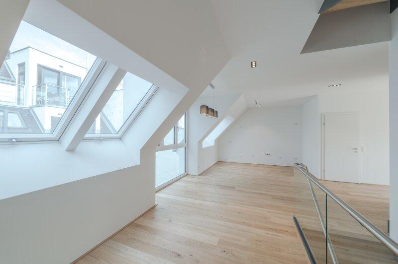 ++RARITÄT** Außergewöhnliche DG-MAISONETTE in TOP-CityLAGE! Altbaucharme + moderne Dachgeschosswohnung! Ruhelage! /  / 1020Wien / Bild 4
