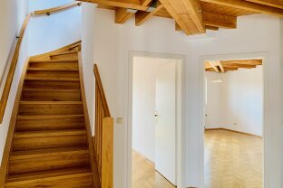Light-flooded duplex apartment with small terrace in Weiz