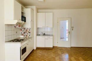 ++ZENTRAL++ Charmante 2-Zimmer-Wohnung mit Küche und Parkplatz